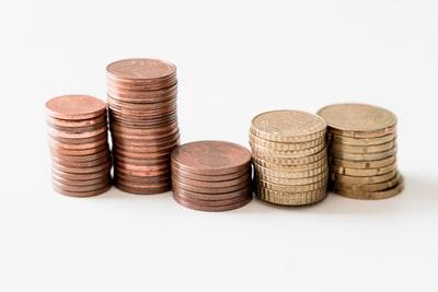 じゃあ高校生は貯金ゼロで、貯金はしなくていいってこと?